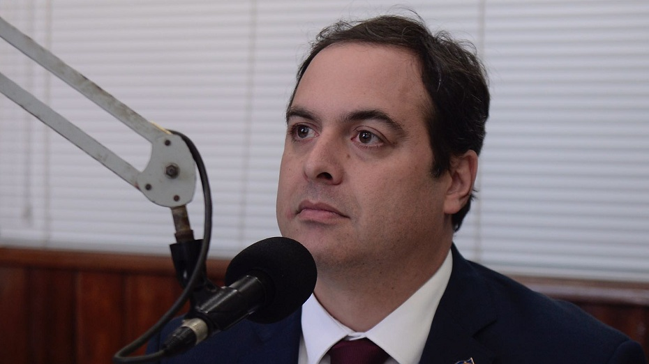 governador e candidato à reeleição Paulo Câmara (PSB)