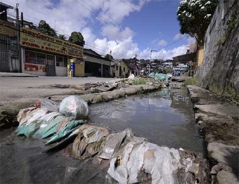 Recife sofre com falta de saneamento básico