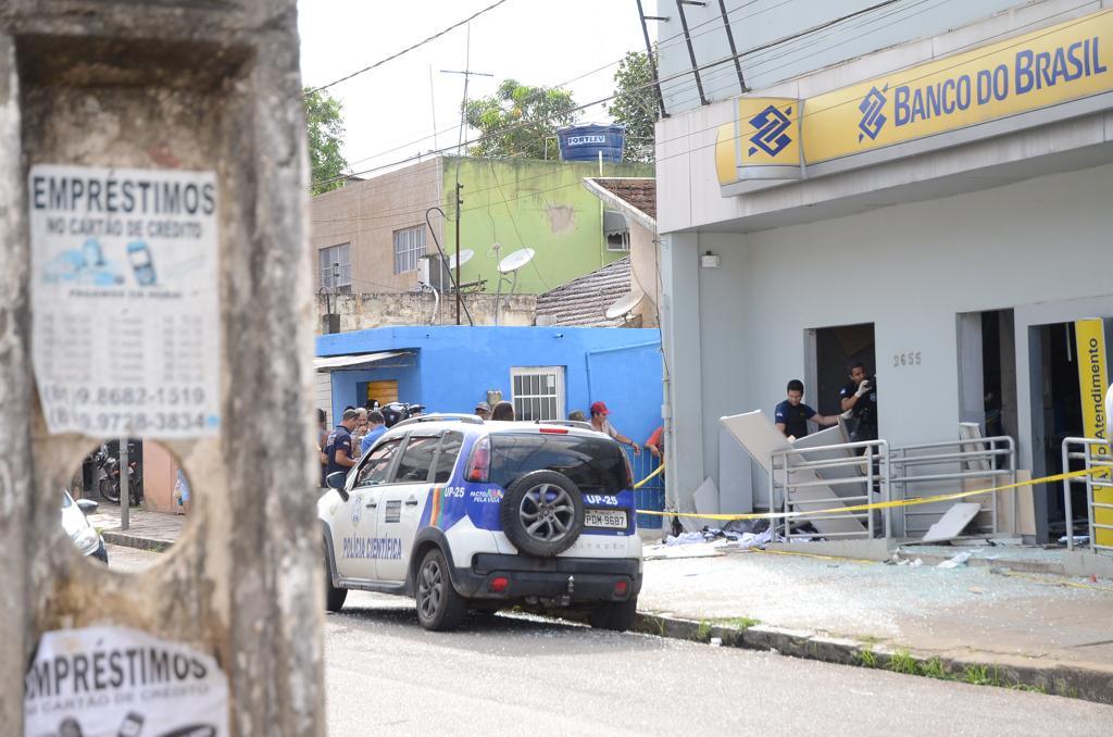 Ocupantes receberam ordem para deixar as residências