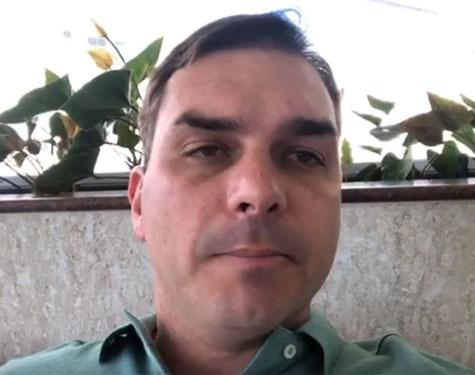 Flávio Bolsonaro em vídeo