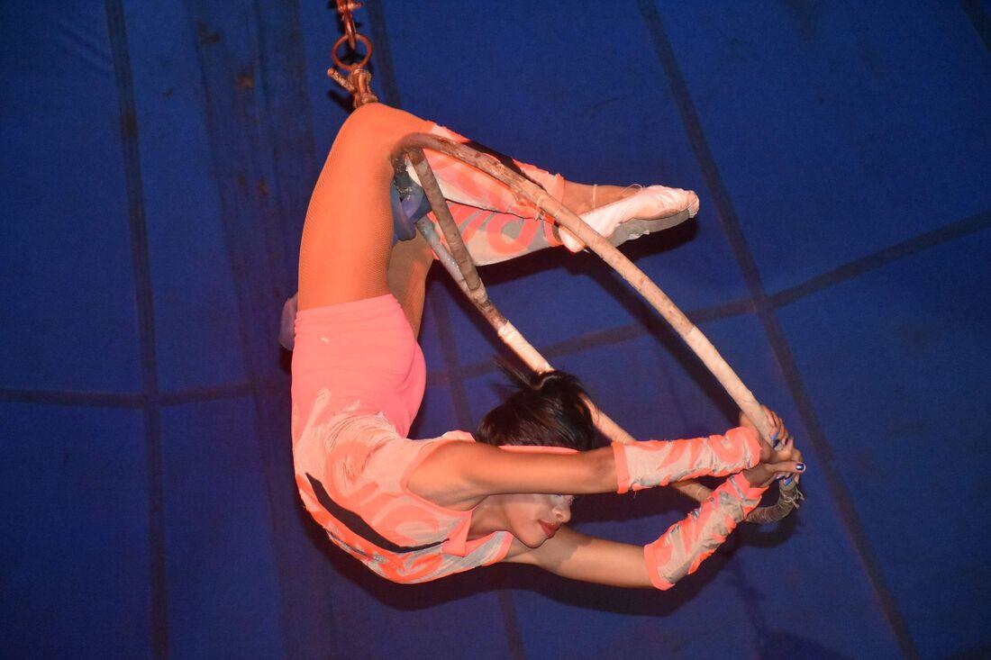 Poderão se inscrever artistas de teatro, dança e circo. Serão selecionados até 120 projetos