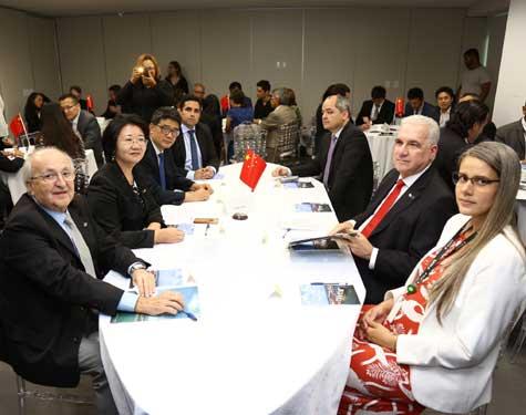 Encontro entre empresários chineses e portuários brasileiros