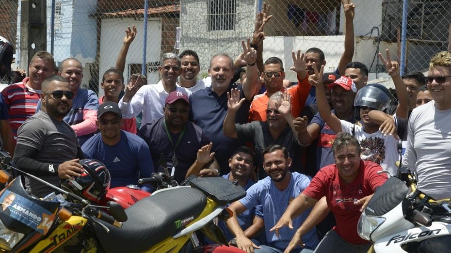 Armando Monteiro promete parcelamento de IPVA e de multas