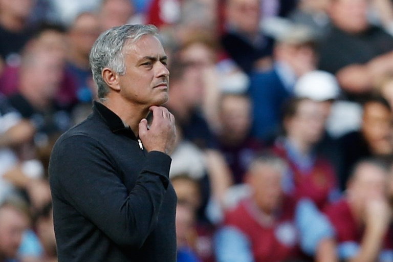 Mourinho teria falado palavrões para uma câmera depois de vitória do United sobre o Newcastle