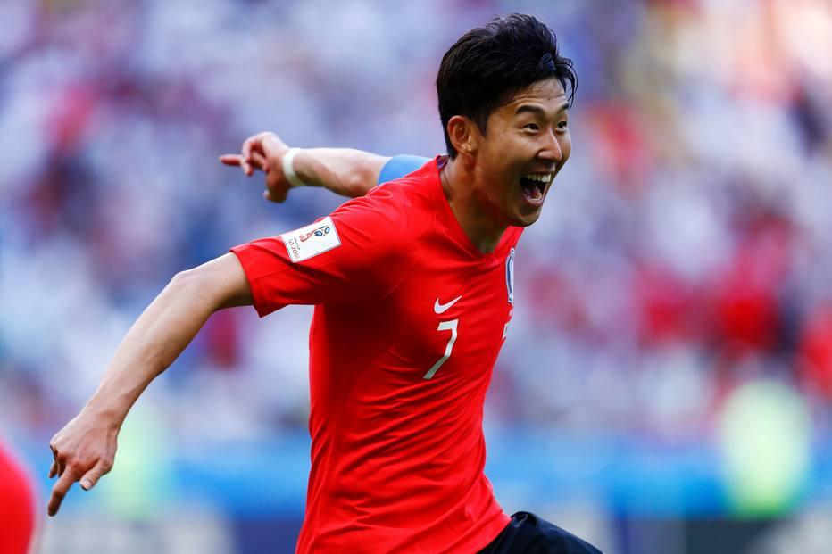 Son foi campeão dos Jogos Asiáticos com a Coreia