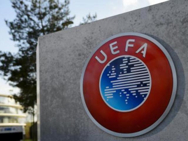 Uefa tenta encontrar novos caminhos para as competições