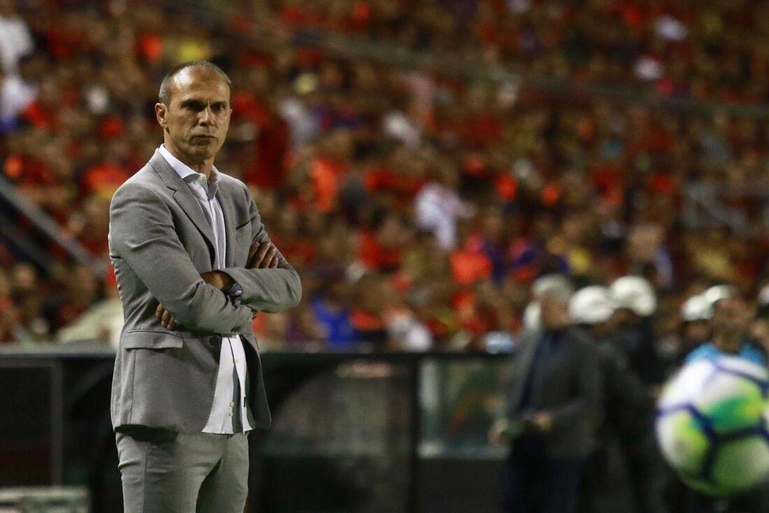 Milton Mendes, técnico do Sport