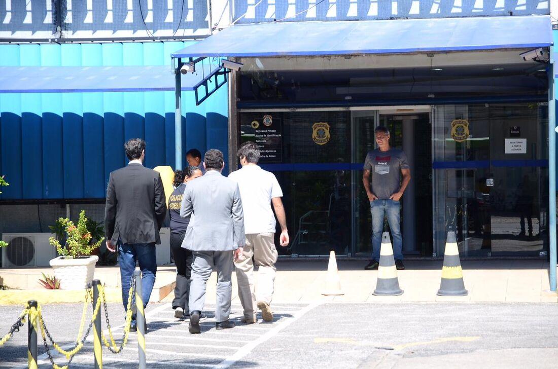 Operação Abismo, da Polícia Federal, cumpre mandados contra esquema de fraude em previdência