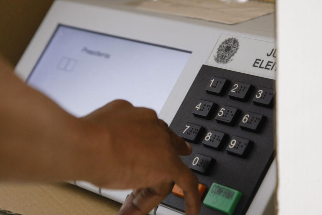 urnas eletrônicas