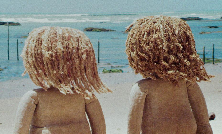 Cena do filme 'Guaxuma', de Nara Normande