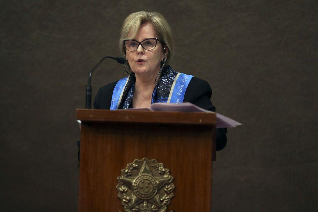 A ministra Rosa Weber se pronunciará em cadeia nacional, na véspera do segundo turno das eleições