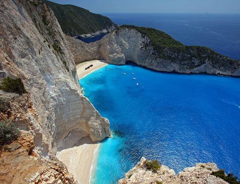 Terremoto atingiu a costa da Grécia, 35 quilômetros a oeste de Lithakia, uma vila na parte sul da ilha de Zakynthos