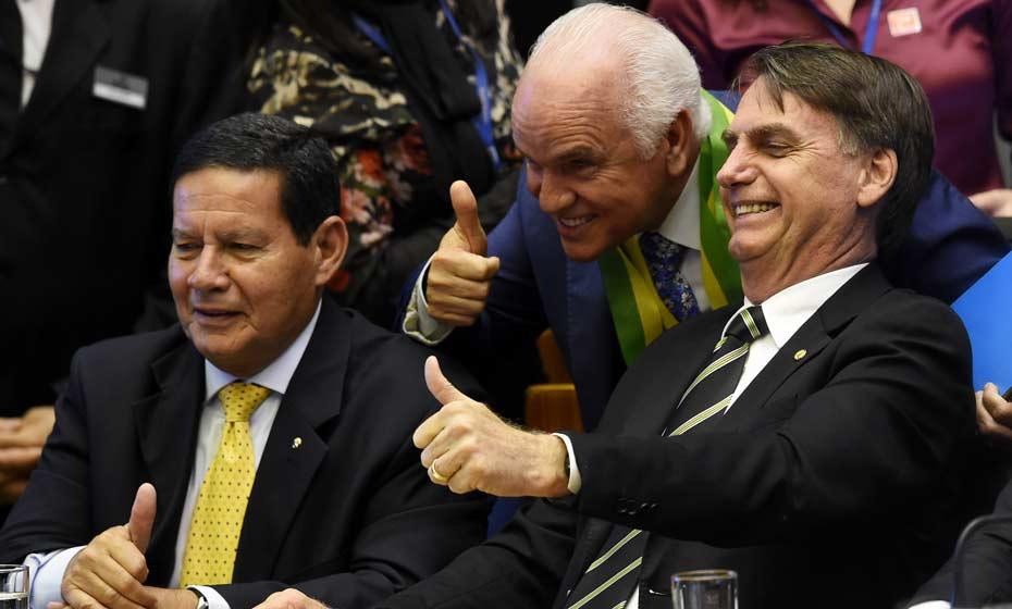 General Hamilton Mourão e Bolsonaro na Câmara dos Deputados