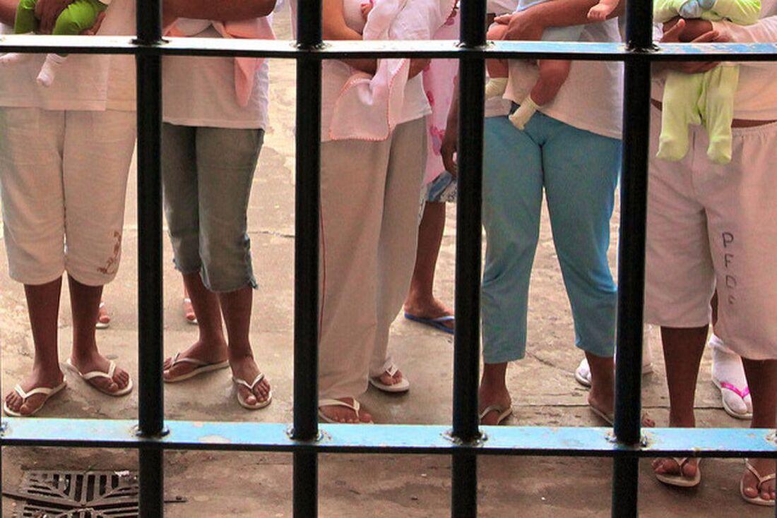 90% das unidades mistas e 49% das exclusivamente femininas foram consideradas inadequadas para gestantes encarceradas