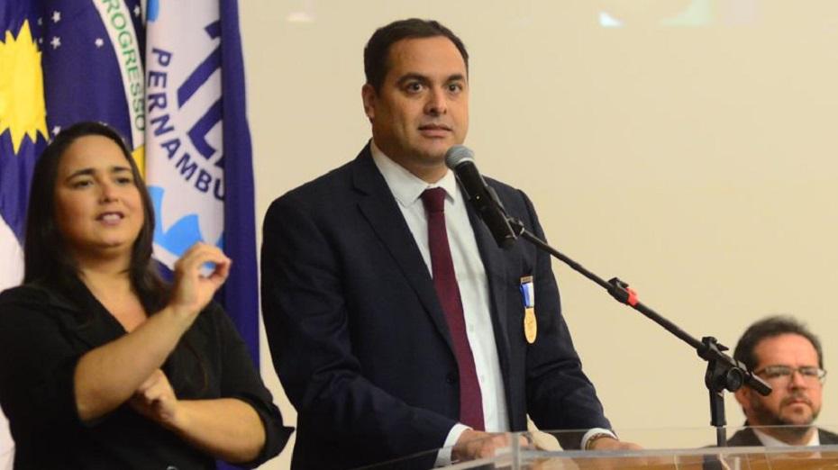 Governador não vai ao encontro marcado por Bolsonaro para a próxima quarta-feira (14), mas espera ter reunião depois que o presidente assumir o cargo efetivamente