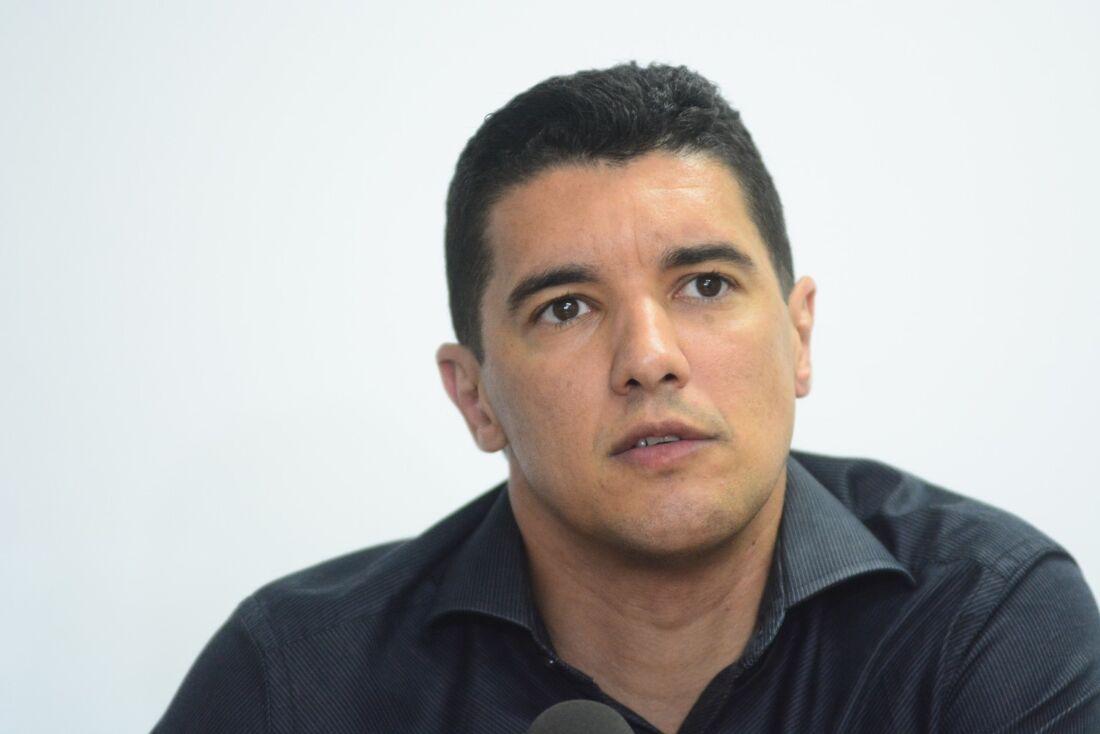 """""""Superministro"""" do Santa Cruz, Luciano Sorriso"""