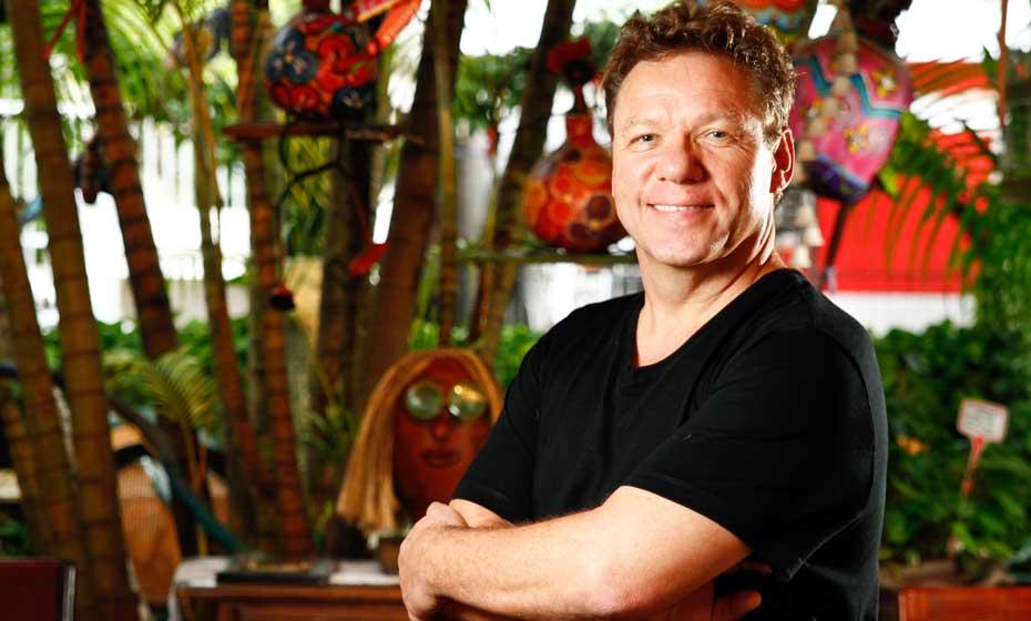 Cozinheiro franco-brasileiro defende o papel do chef brasileiro como protagonista nacional