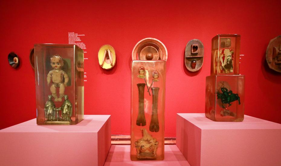 Exposição 'Farnese de Andrade - Arqueologia Existencial'