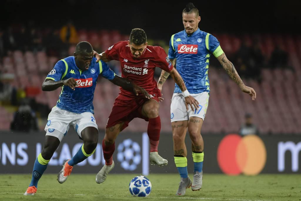 Liverpool e Napoli jogam a vida nesta terça-feira (11)