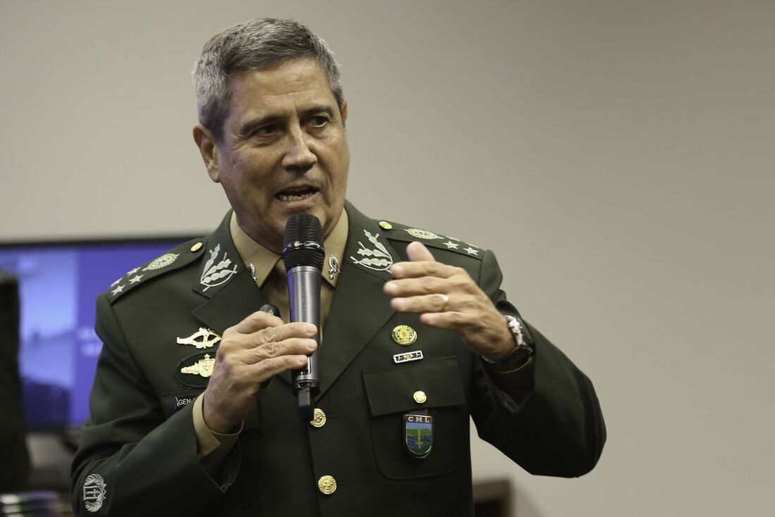 O interventor federal do Rio de Janeiro, General Walter Braga Netto