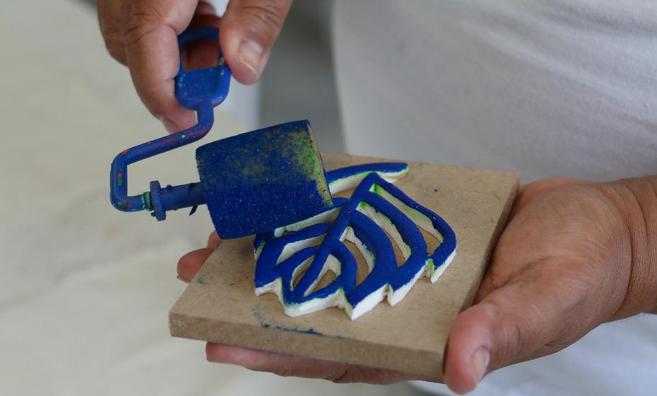 Mãos de Mães tem artesanato com estamparia