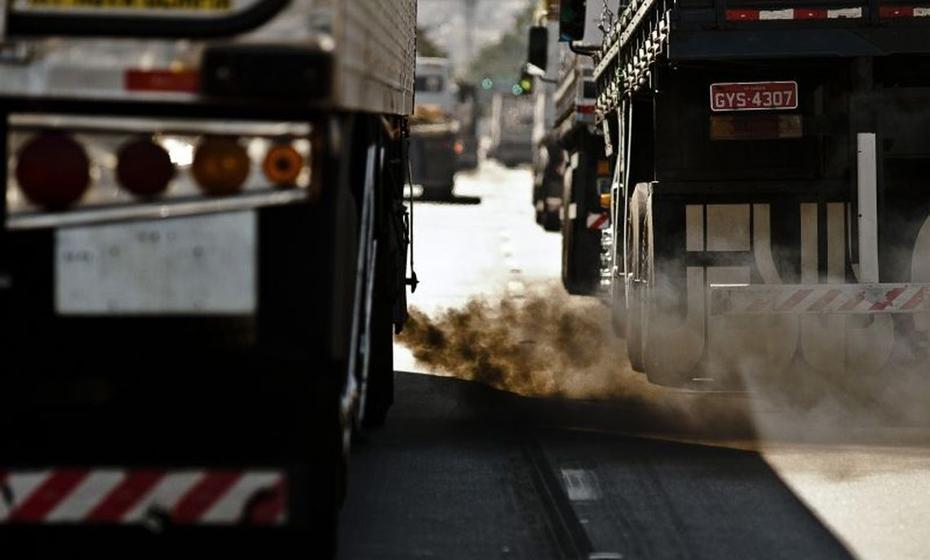 Caminhões são responsáveis por 21% das emissões de CO2
