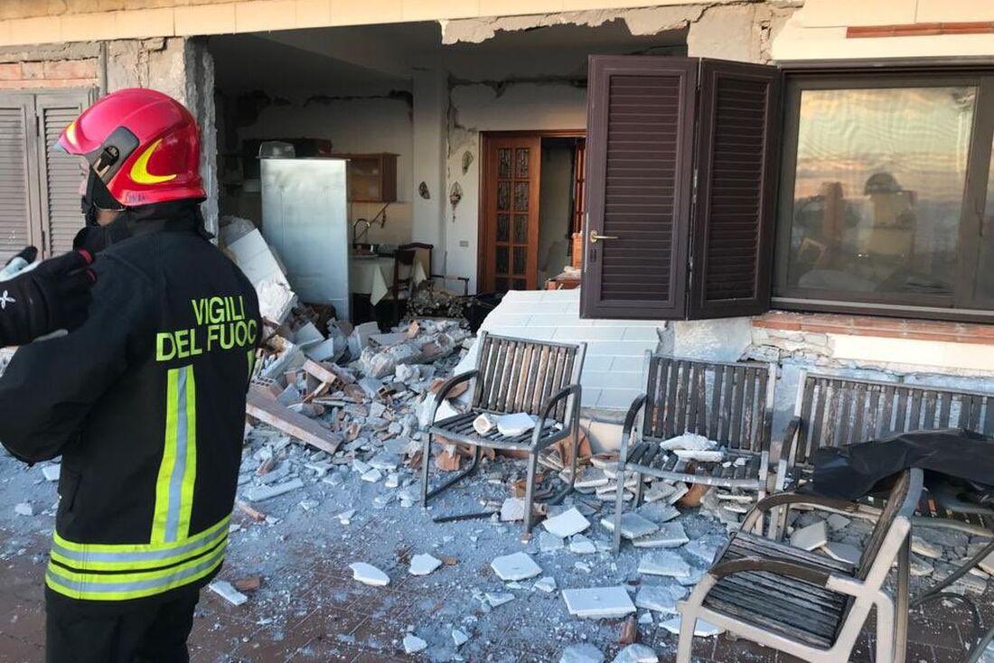 Terremoto aconteceu quarta-feira (26), na região da Catania