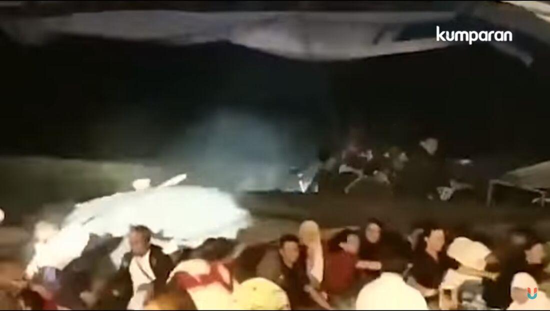 Banda se apresentava quando onda gigante atingiu o local