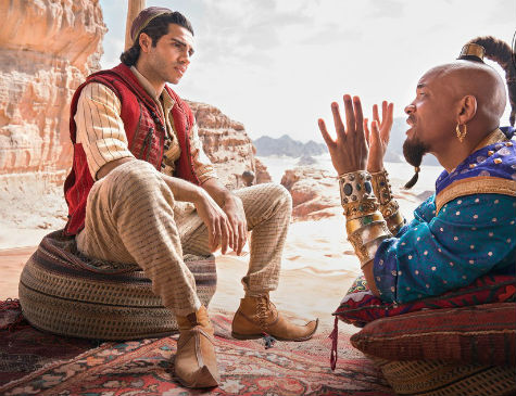 O egípcio Mena Massoud, 27, é o protagonista do longa e Will Smith faz o gênio da lâmpada