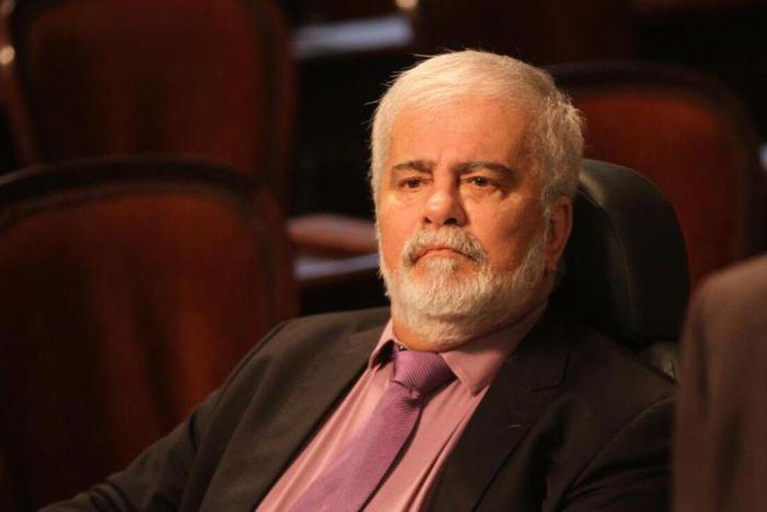 O velório do deputado estadual Wagner Montes (PRB-RJ) será no saguão do Palácio Tiradentes.