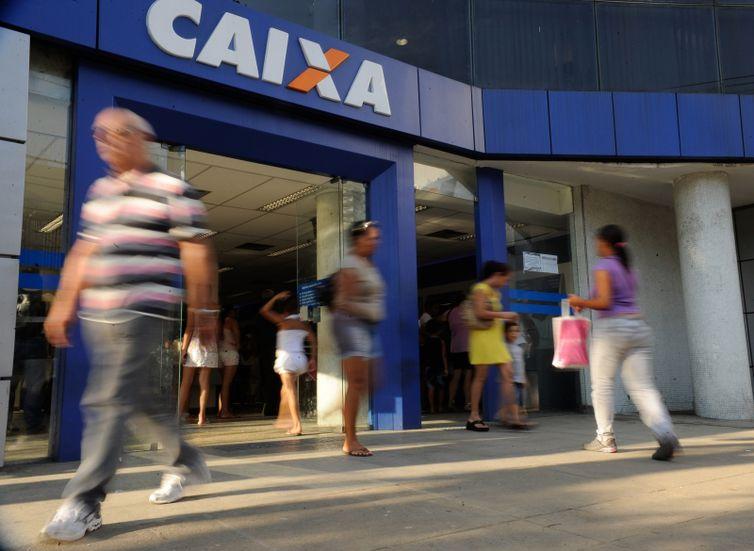 De acordo com presidente da Caixa, o objetivo do governo com a venda é preparar o banco para o futuro