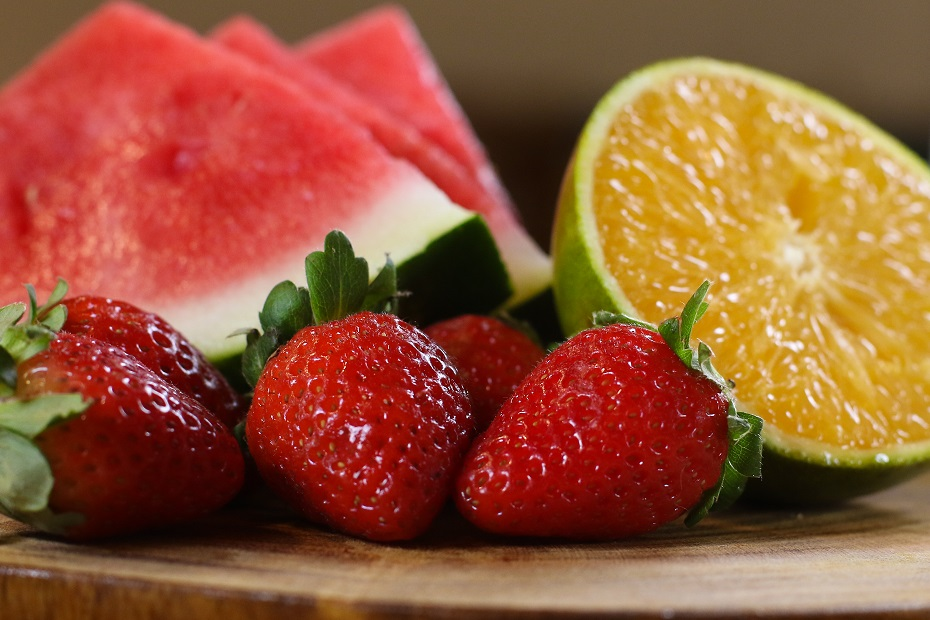 Melancia, morango e laranja entre as frutas benéficas ao organismo