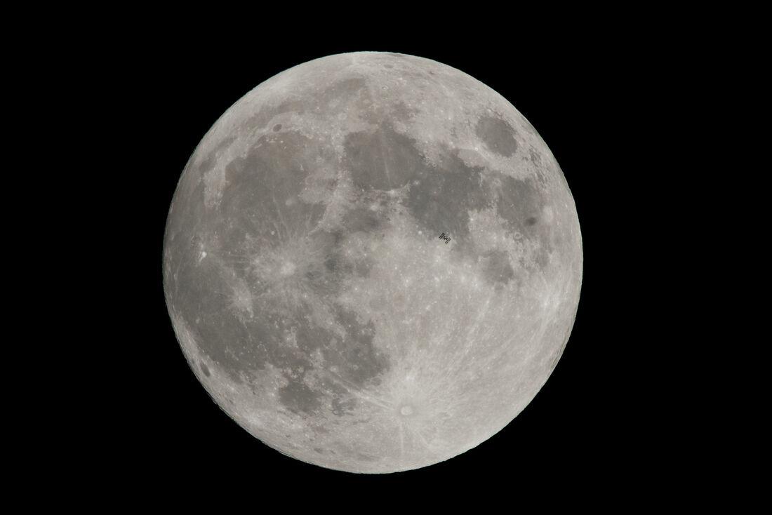 Missão israelense tenta pouso na Lua