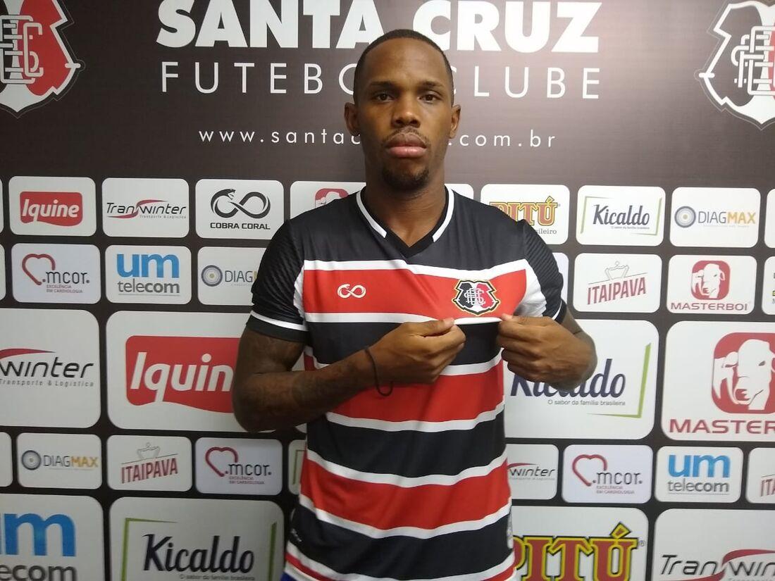 Patrick Vieira, meia do Santa
