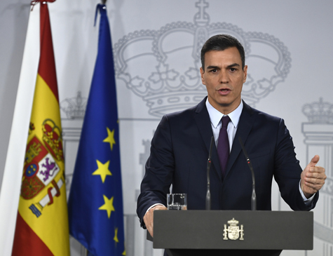 O primeiro-ministro espanhol, Pedro Sánchez, depois de uma reunião de gabinete no Palácio de Moncloa, em Madri
