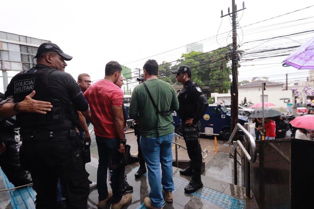 Assalto a carro-forte no Pina, na Zona Sul do Recife