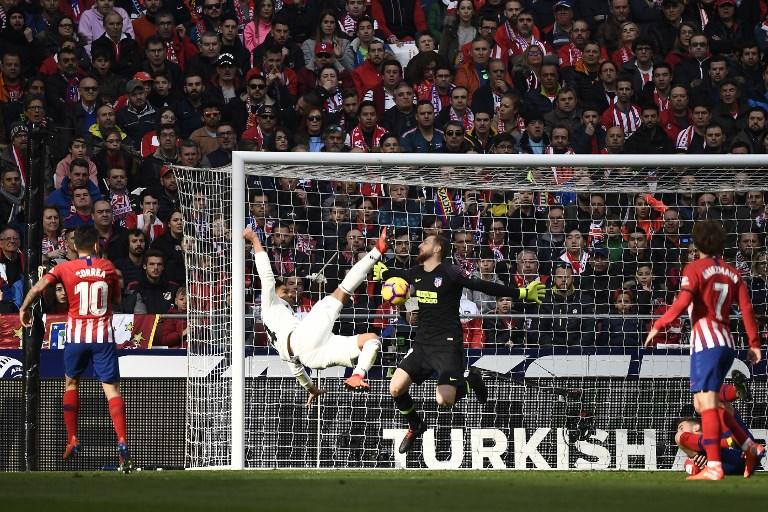 Casemiro abriu o marcador com um belo gol de voleio