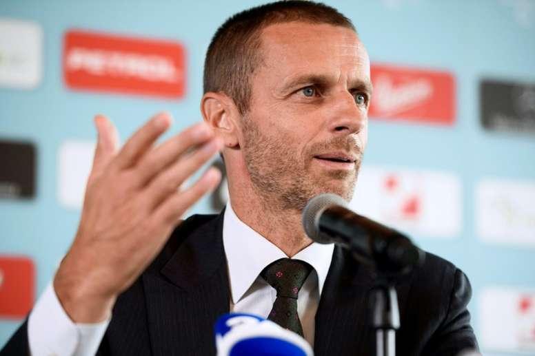 Aleksander Ceferin foi reeleito presidente da UEFA