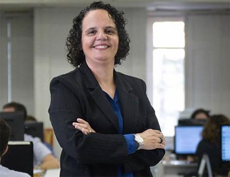 Leusa Santos, editora-chefe da Folha de Pernambuco