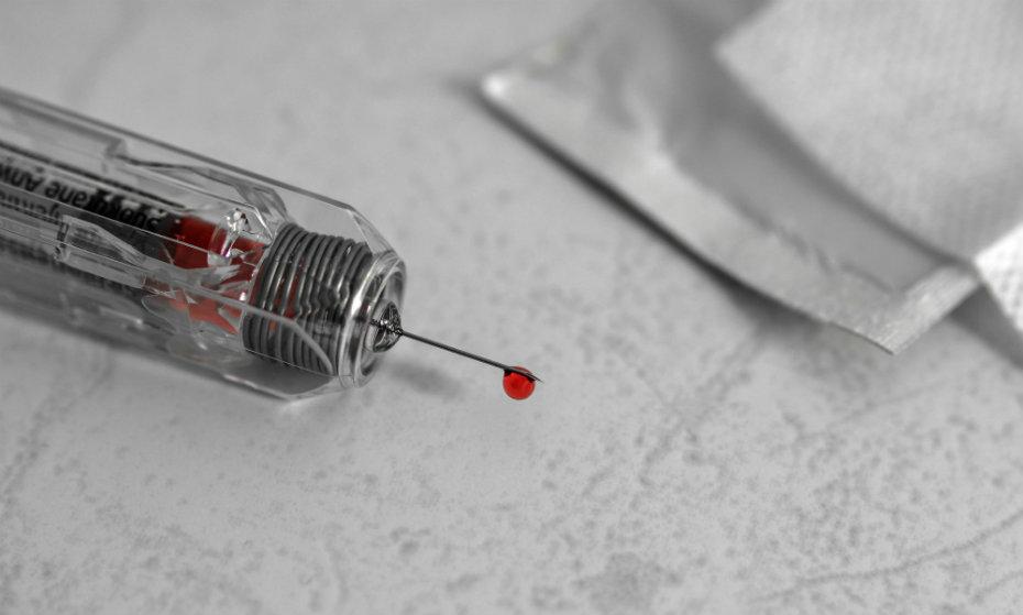 Pacientes foram furados com seringas durante o Carnaval