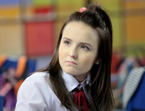 Larissa Manoela é Mirela em 'As Aventuras de Poliana':