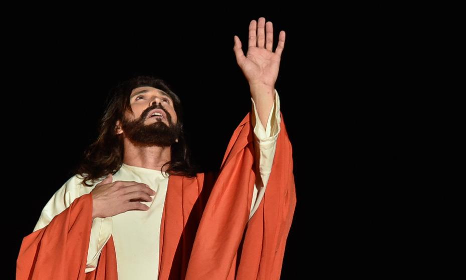 Hemerson Moura na pele de Jesus Cristo