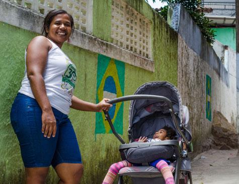 Inabela Souza com a filha Grazi