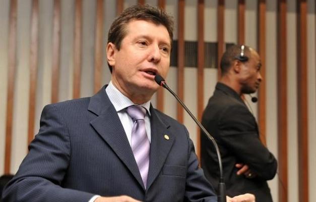 O líder do partido Podemos, José Nelto (Goiás)