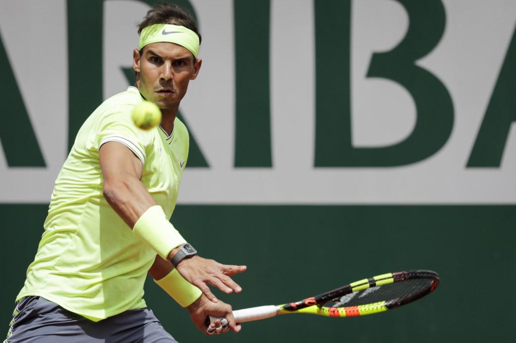 Espanhol Rafael Nadal já levantou 11 vezes a taça de campeão em Roland Garros.