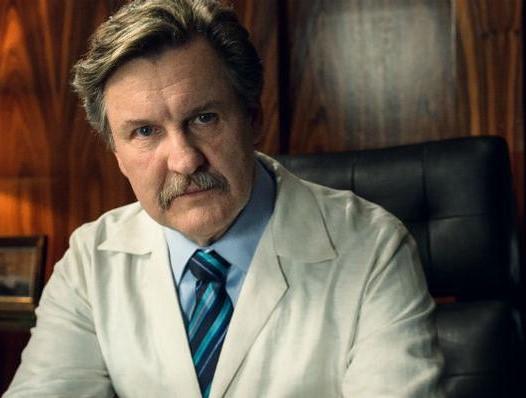 Ator Antonio Calloni interpreta ex-médico condenado por abusar pacientes