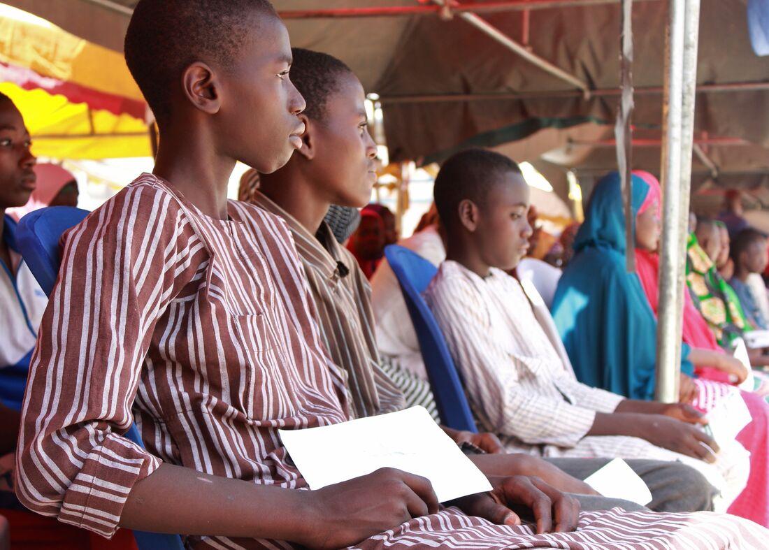 Nigéria desmobiliza quase 900 crianças soldados