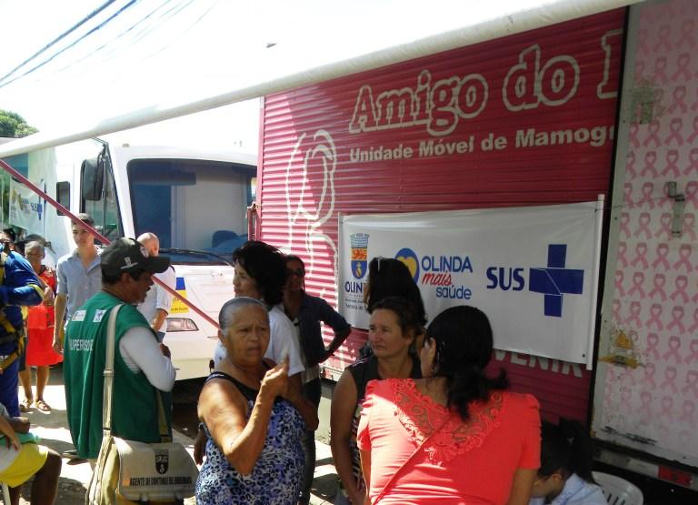 Mamamóvel realiza exames gratuitos de prevenção ao câncer de mama