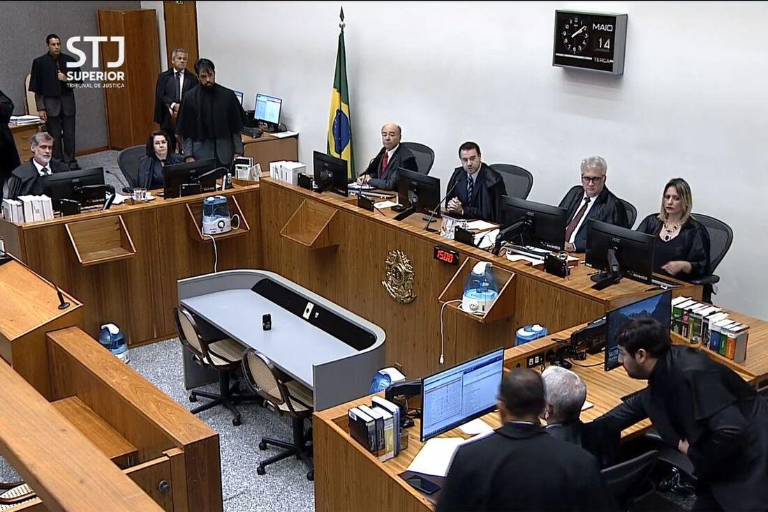 O julgamento aconteceu na tarde desta terça-feira (14)