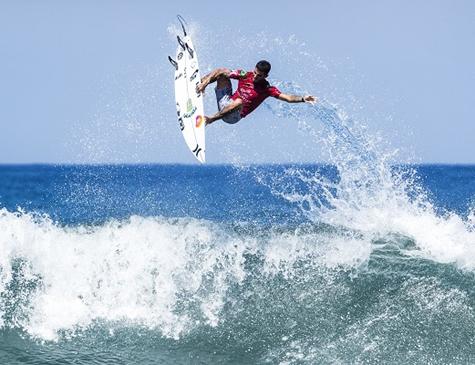 Filipe Toledo deu show em Bali